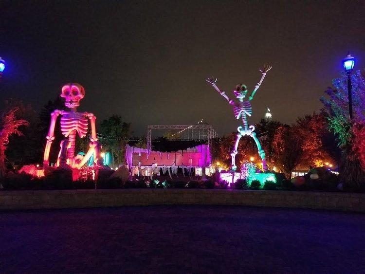 Haunt Review: Worlds of Fun Halloween Haunt (2018)