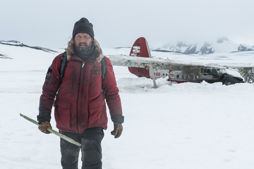 Movie Review: ARCTIC (2019)