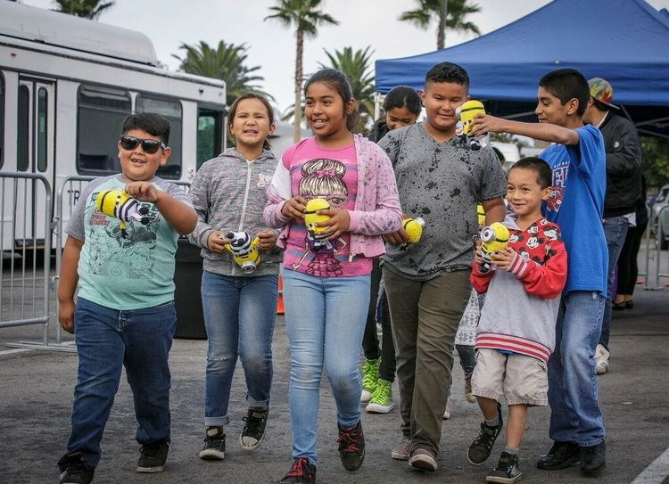 "Event Recap: Universal Studios Hollywood's 14th Annual ""Day of Giving"" Event"