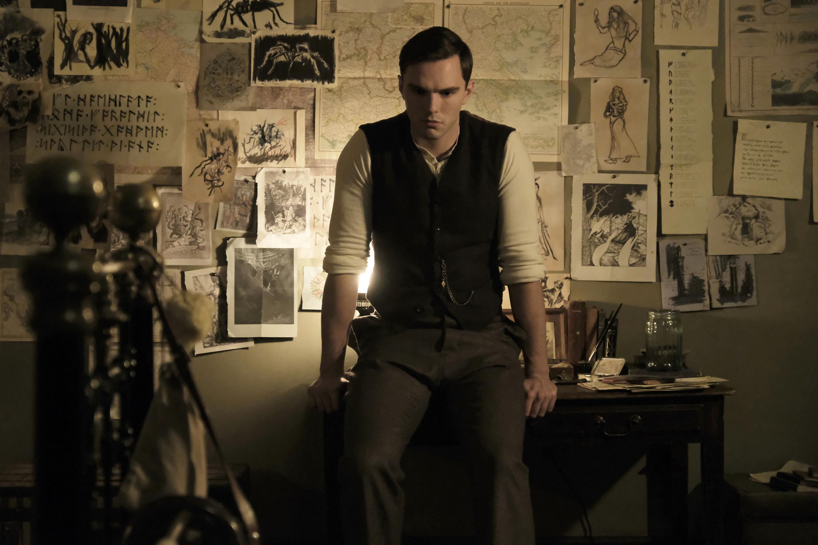 [News] TOLKIEN Trailer Aims to Blend Fantasy and Reality of Author's Life