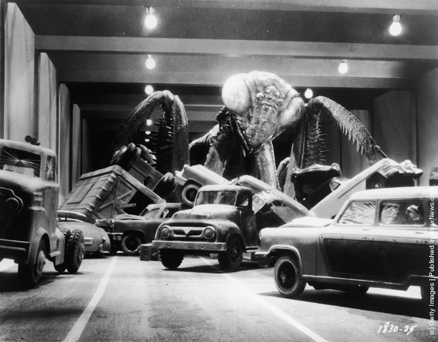 Blu-ray/DVD Review: THE DEADLY MANTIS (1957)