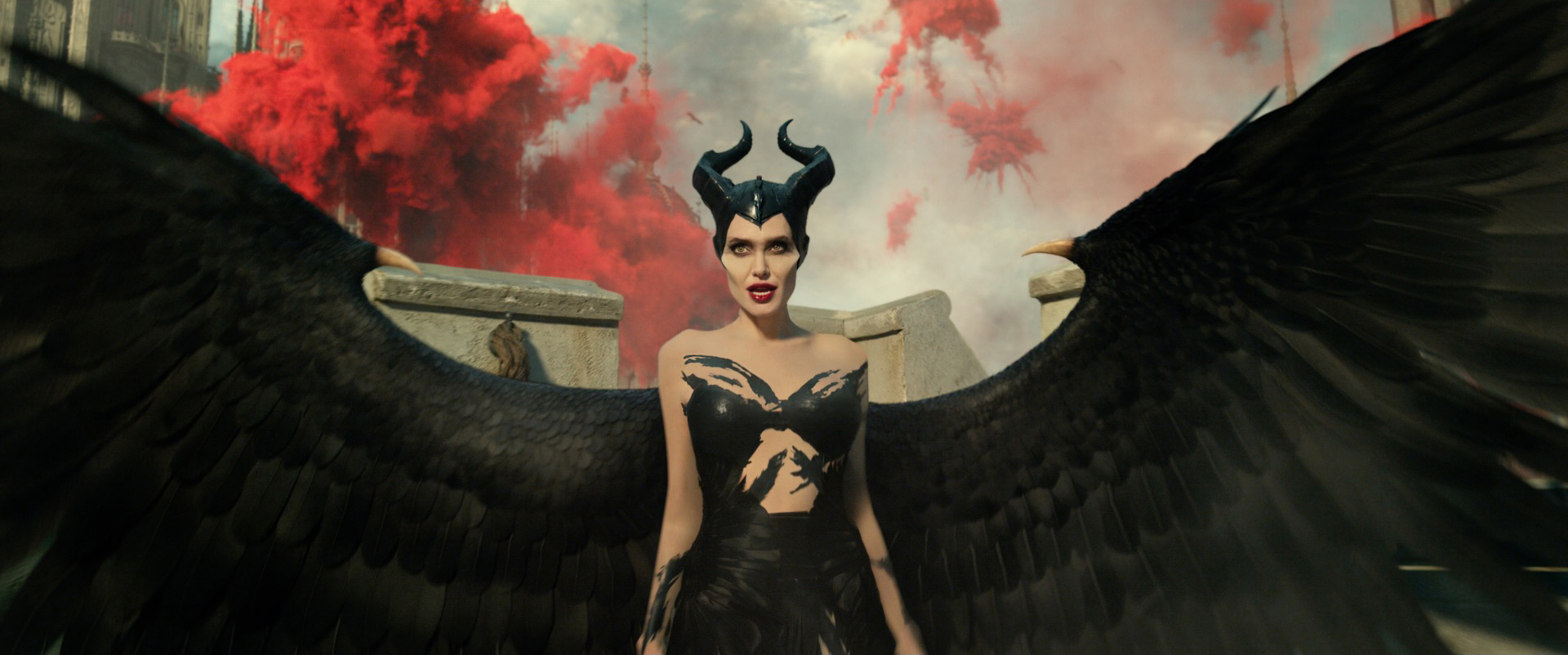 [News] New Trailer For MALEFICENT: MISTRESS OF EVIL