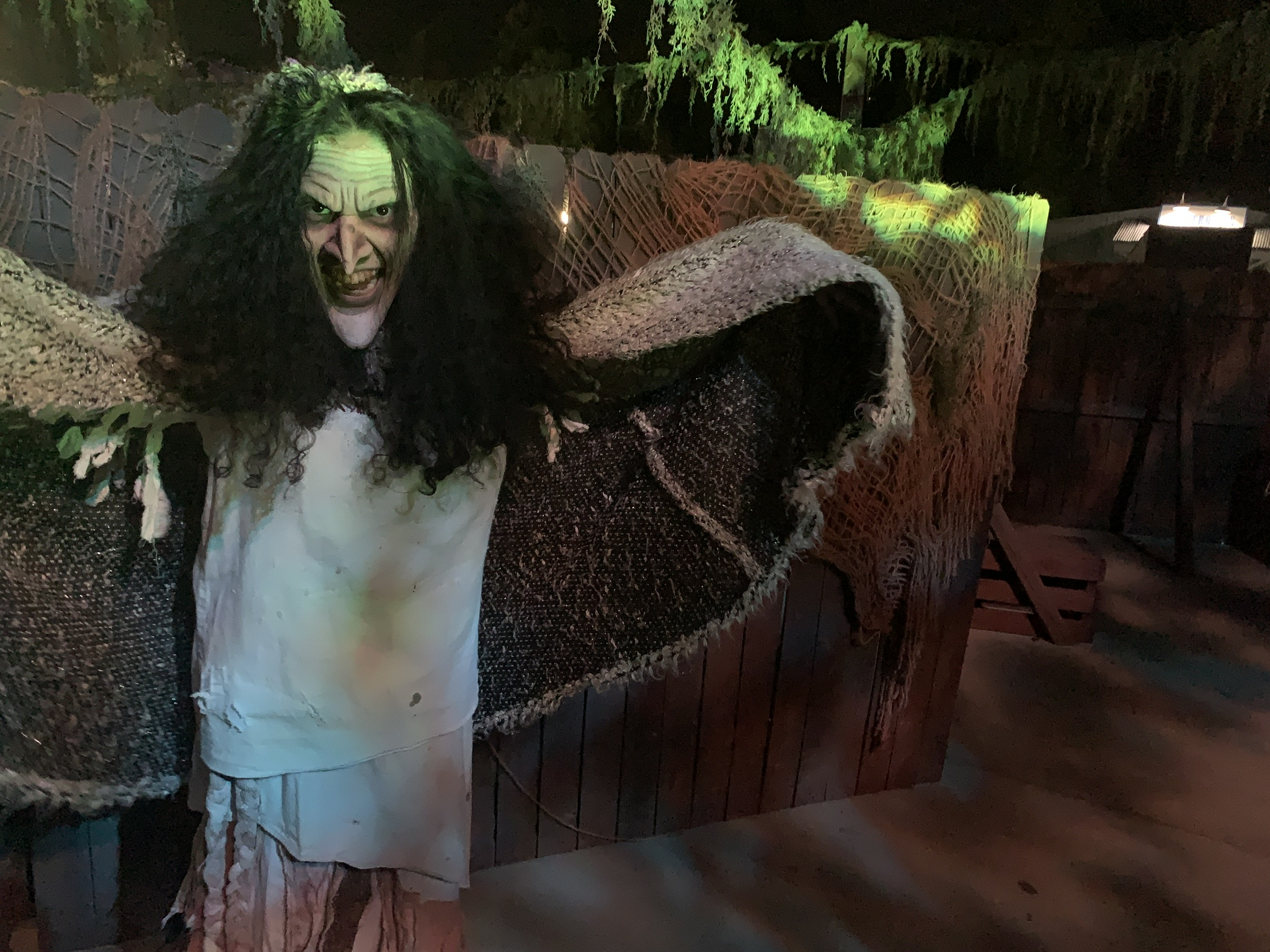 Haunt Review: Six Flags Magic Mountain Fright Fest (2019)