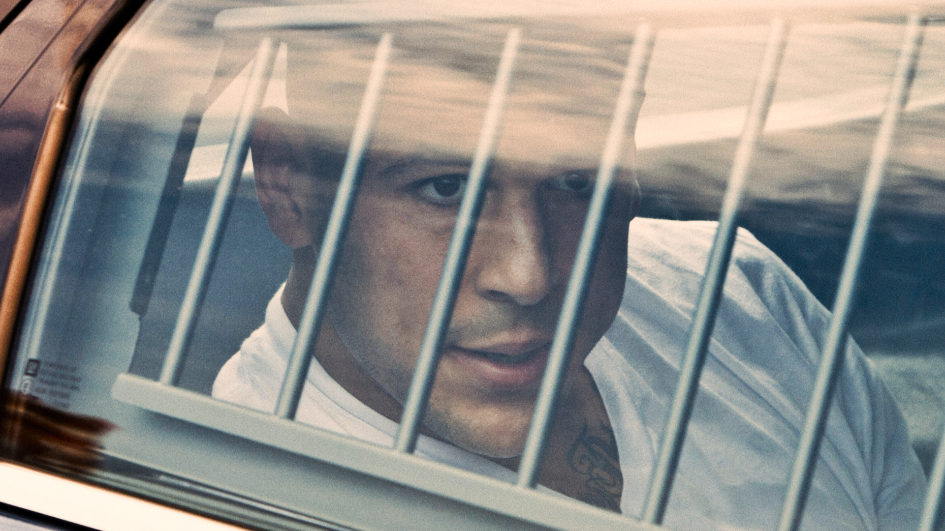 [Documentary Review] KILLER INSIDE: THE MIND OF AARON HERNANDEZ