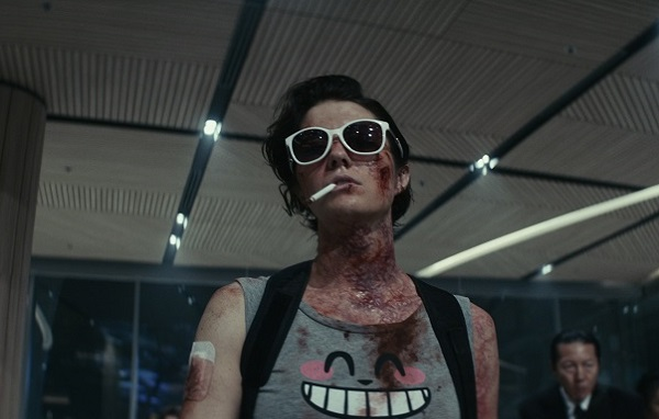 [News] Mary Elizabeth Winstead Embraces the Kill in KATE First Look