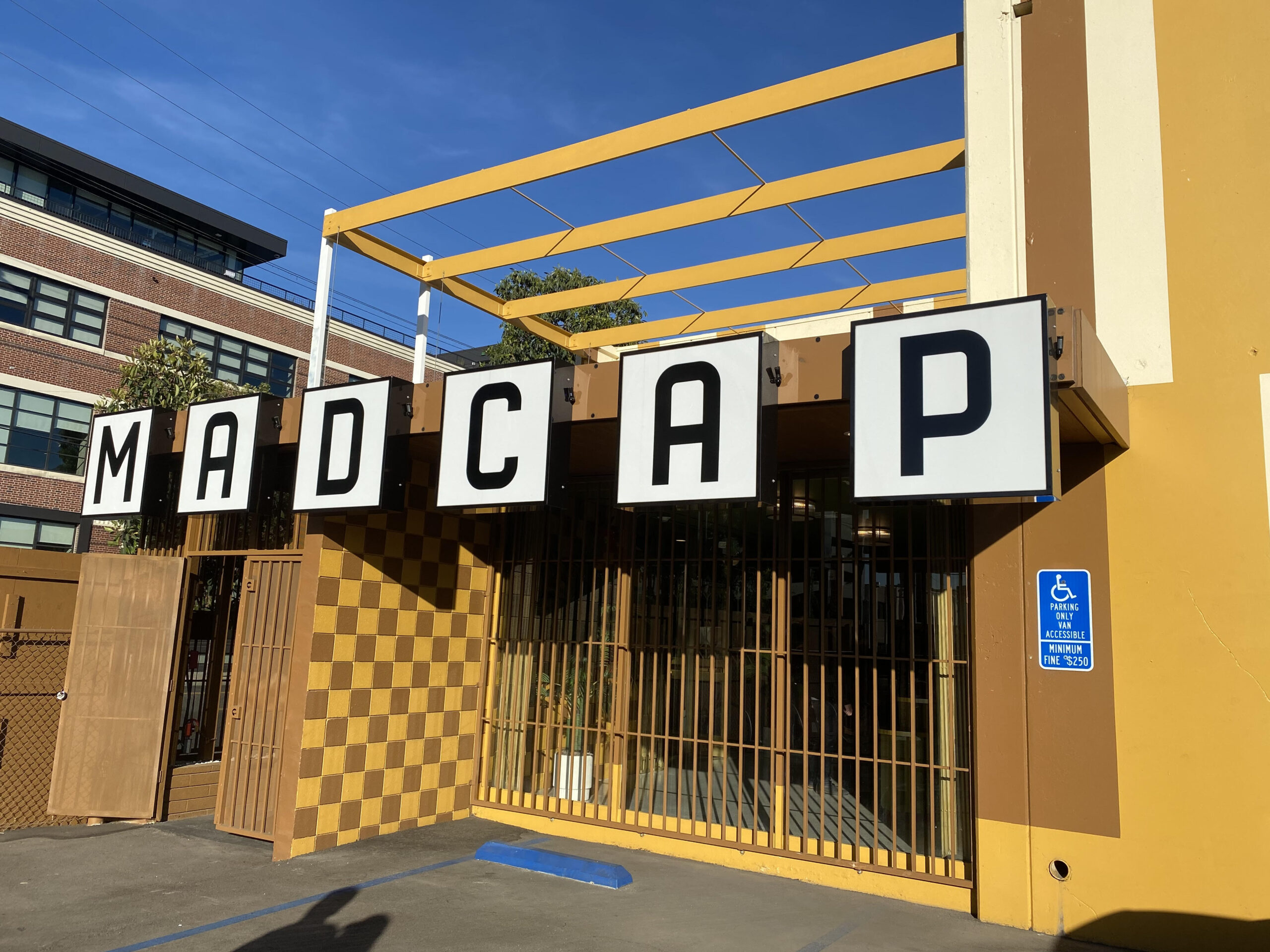 [Immersive Experience] The Madcap Motel