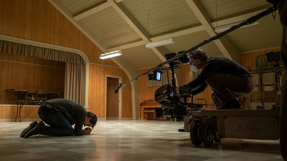 [News] Look Into The Making Of MIDNIGHT MASS in Latest Featurette